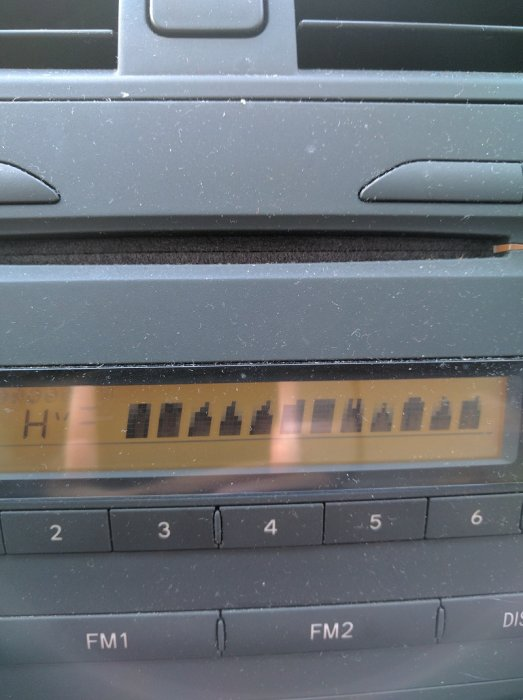 2009 Toyota Corolla - Radio display distorted when car is